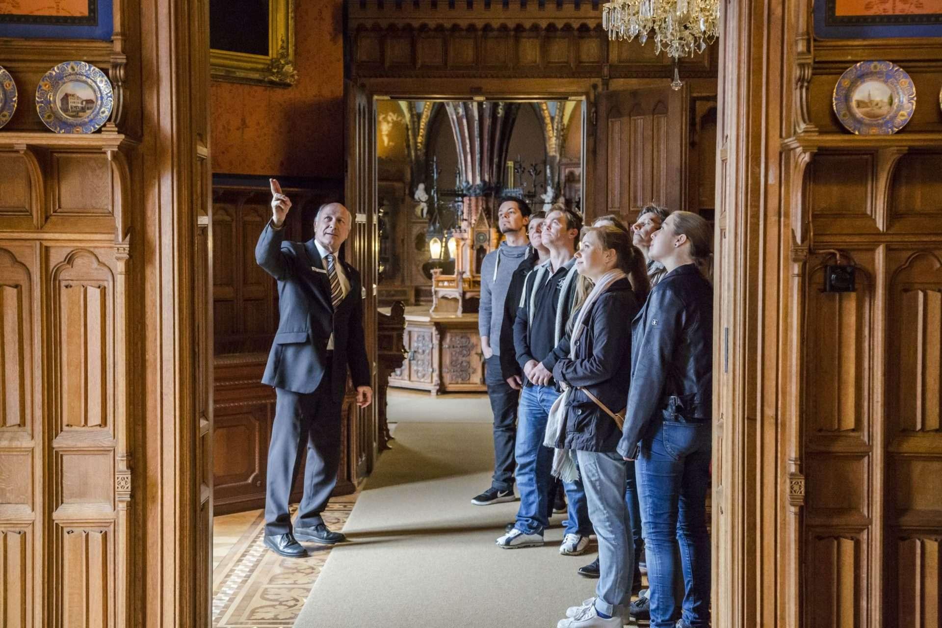 Führung in den historischen Räumen Schloss Marienburg