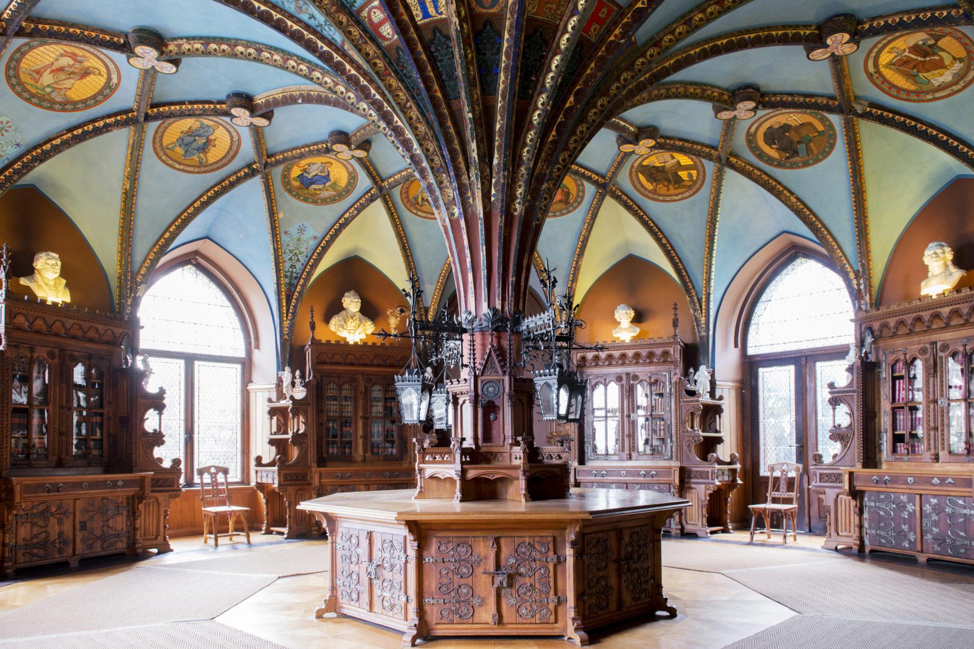 Bibliothek Schloss Marienburg