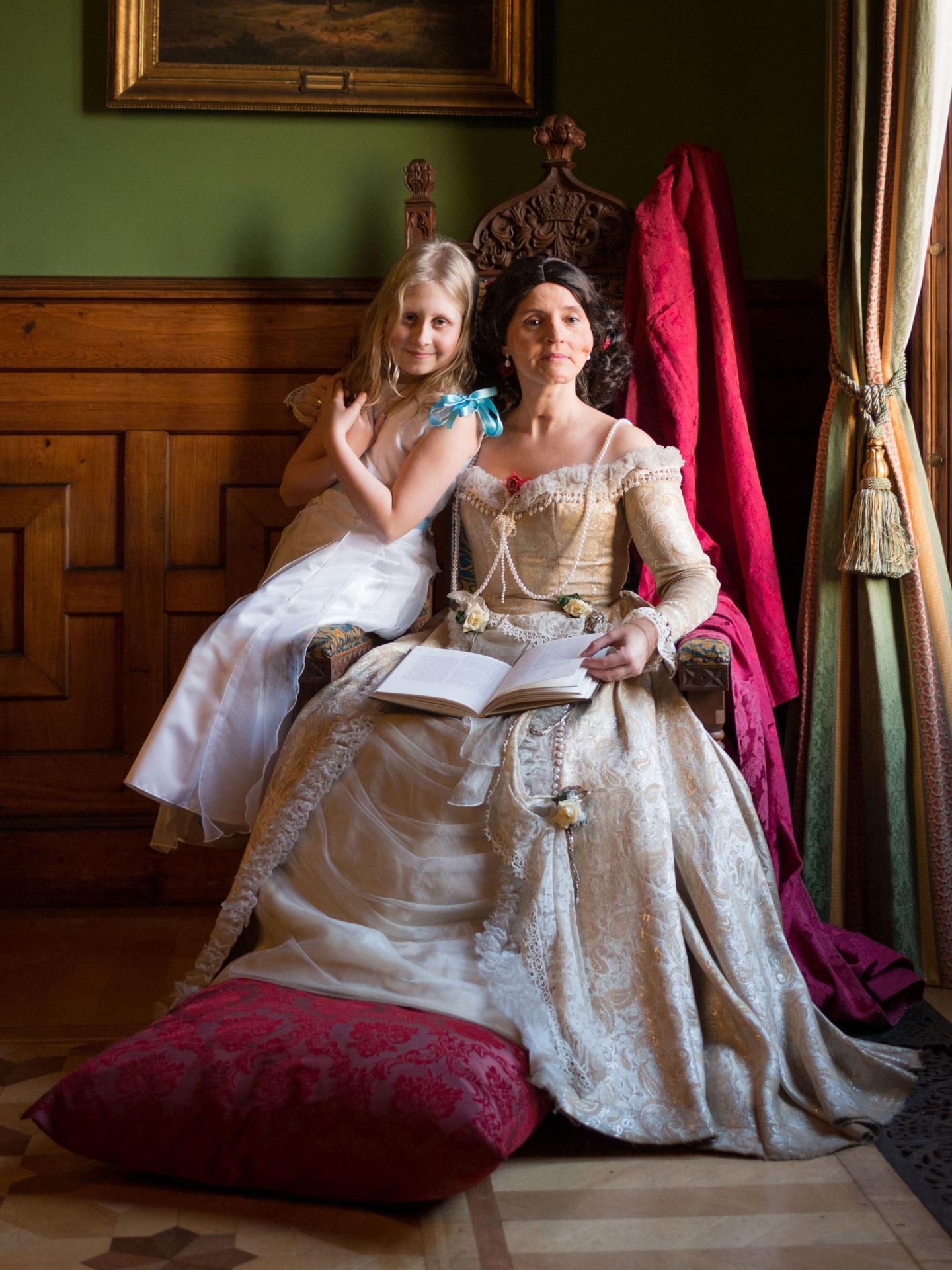 """Theaterführung """"Lustwandeln mit Ihrer Majestät"""""""