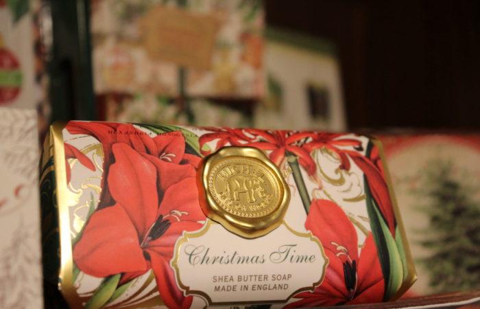 Englische Shea-Butter-Seife zur Weihnachtszeit im Shop des Schlosses Marienburg